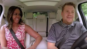 "Michelle Obama und James Corden beim ""Carpool Karaoke"""