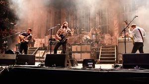 Folk-Stars Mumford & Sons bereuen ihren eigenen Bandnamen!