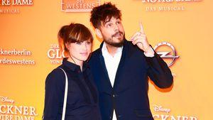 """Nevio Passaro und seine Freundin Verena bei der Premiere von """"Der Glöckner von Notre Dame"""""""