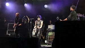 Ohne Kurt Cobain: Nirvana feiern auf Festival Bühnen-Reunion