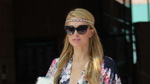 Paris Hilton mit ihrem Hündchen Prince