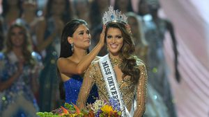Natural Beauty! Miss Universe startet ungeschminkt ins Amt