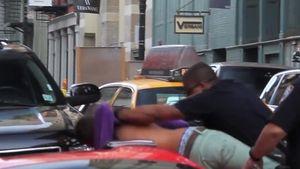 Ausraster-Video: C-Promi fährt Cop über den Fuß!