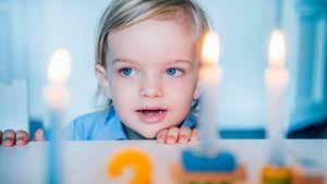 Prinz Nicolas von Schweden an seinem zweiten Geburtstag