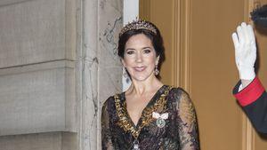 Prinzessin Mary: Mit glamouröser Robe zum Neujahrsball