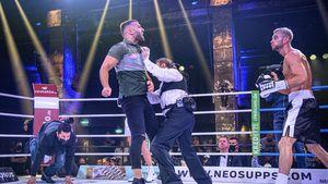 Aufreger der Nacht: Rafi stürmt Boxring bei Serkan-Sam-Kampf