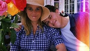 Reese Witherspoons Sohn widmet ihr süßen Post zum Geburtstag