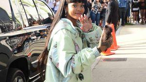 Rihanna auf dem Weg zur Eröffnung ihres Pop-up-Stores in Hollywood