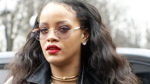 Rihanna guckt genervt