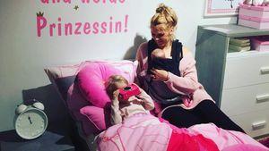 Sara Kulka und ihre Töchter in einem Möbelladen im Januar 2017