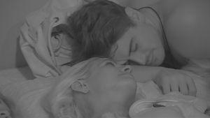 Es wird gekuschelt: Sarah Knappik & Dominik schon in love?