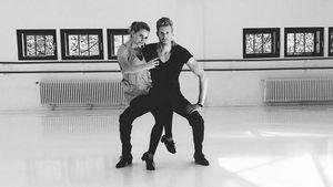 Sarah Latton und Maximilian Arland beim Training für Let's Dance