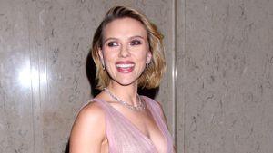 Süß: Scarlett Johanssons Kind denkt, sie wäre Superheldin!