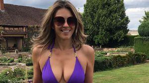 Liz Hurley (52) im Bikini: So heiß kann Gartenarbeit sein!