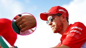 Unter der Haube: Hier trägt Sebastian Vettel einen Ehering