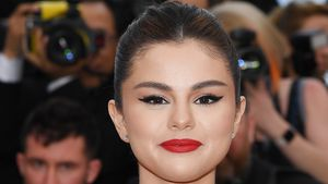 Heiß in Weiß: Sexy Selena Gomez in Cannes auf dem Red Carpet