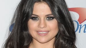 Selena Gomez strahlt