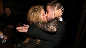 """Knutsch-Attacke: Shakira """"überfällt"""" ihren Gerard"""