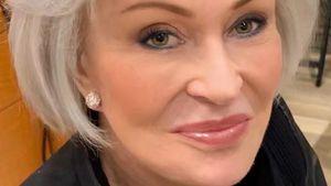 Rot war gestern: Sharon Osbourne trägt jetzt graue Haare