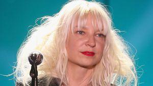 Nach Adoption: Mutterrolle ist für Sia nicht immer leicht