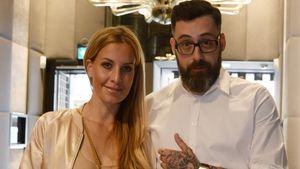 Sido und seine Ehefrau, Moderatorin Charlotte Würdig, in einem Uhrenladen in Frankfurt