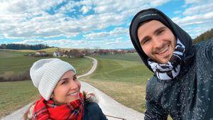 Pärchenglück: Sila Sahin und ihr Samuel radeln zusammen