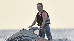 Simon Cowell auf einem Jet-Ski auf Barbados