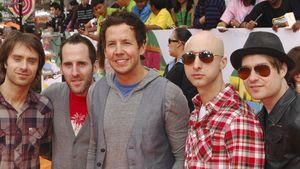"Simple Plan zeigen Sean Paul das ""Summer Paradise"""