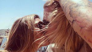 So verliebt: Sophia Thomalla teilt Knutsch-Pic mit Loris!