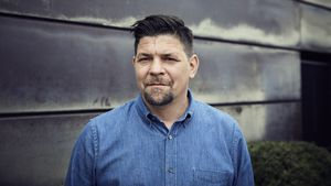 """Tim Mälzer schwelgt bei """"Kitchen Impossible"""" in Erinnerungen"""
