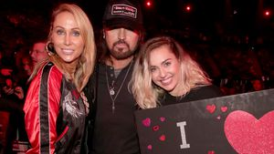 Tish, Billy Ray und Miley Cyrus bei den 2017 iHeartRadio Music Awards
