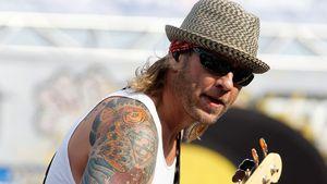 Wegen häuslicher Gewalt: 3 Doors Down-Bassist hinter Gittern