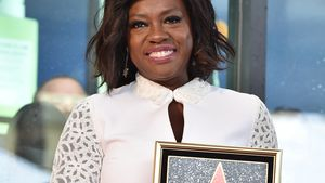 "Viola Davis mit ihrem Stern des ""Hollywood Walk of Fame"""