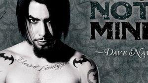 Heiß! Dave Navarro zeigt für PETA alles