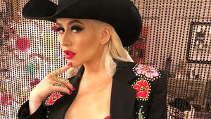Sexy Xtina is back: Weihnachts-Party im heißen Cowgirl-Look!