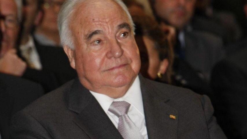 Aufgebahrt im Wohnzimmer: Helmut Kohls Leichnam noch im Haus