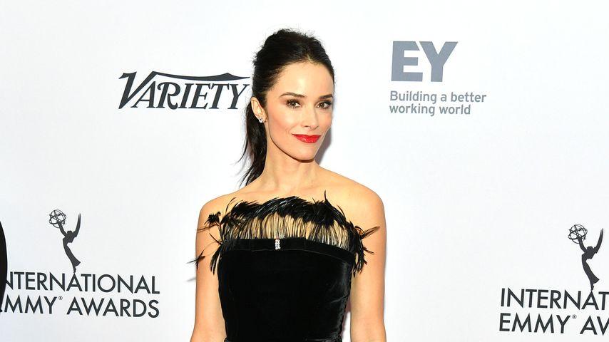 Abigail Spencer bei den Emmy Awards