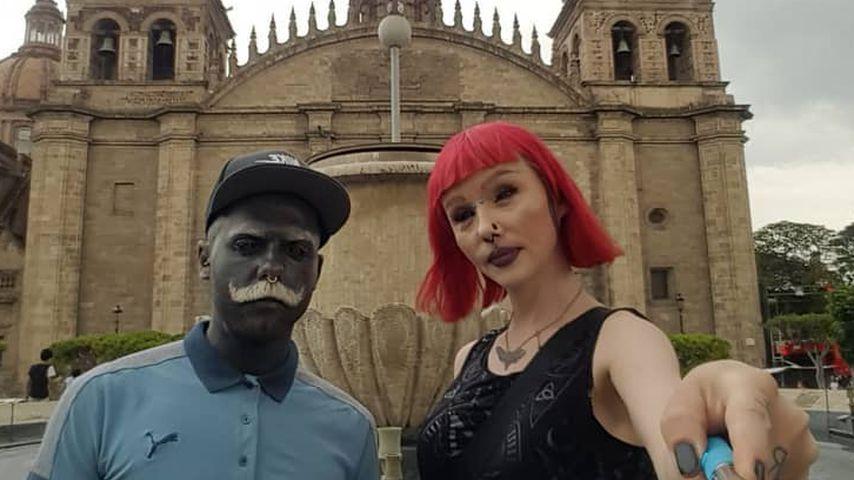 Voll-Tattoo-Body & Alien-Girl: Schrägstes Paar der Welt?