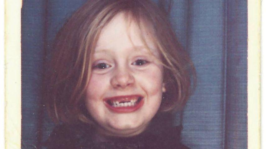 Süßer kleiner Fratz: Adele verzaubert mit frecher Zahnlücke