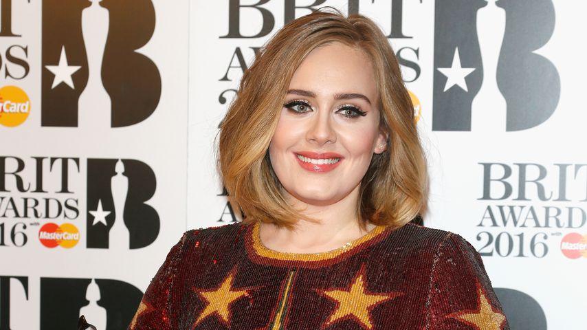 Erster Twitter-Post 2019: Adele fordert Fans zur Wahl auf!