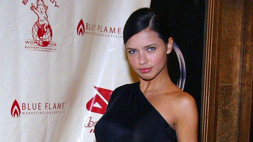 Adriana Lima, November 2002
