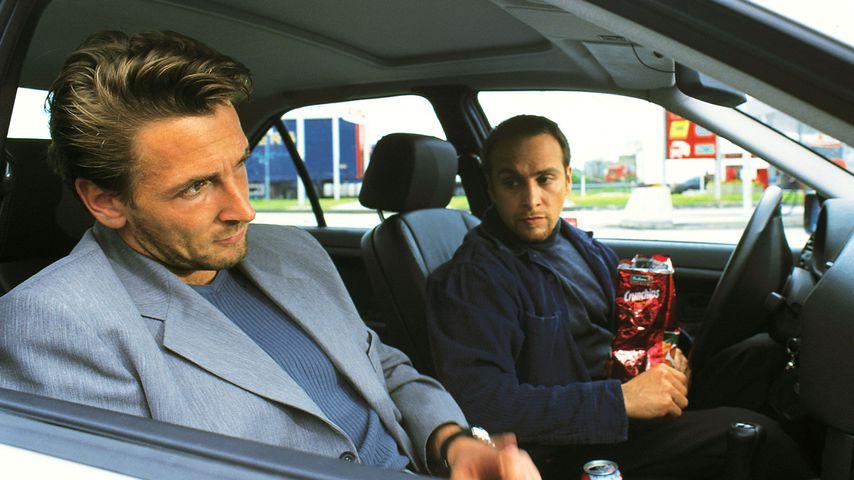 """Alarm für Cobra 11""-Szene mit Andre (Mark Keller) und Semir (Erdogan Atalay)"
