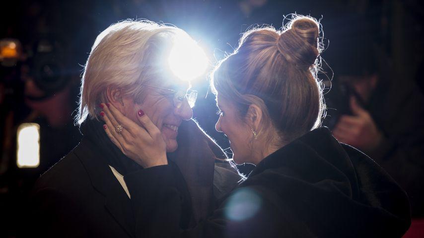 """Richard Gere und Alejandra Silva bei """"The Dinner""""-Premiere im Rahmen der Berlinale 2017"""