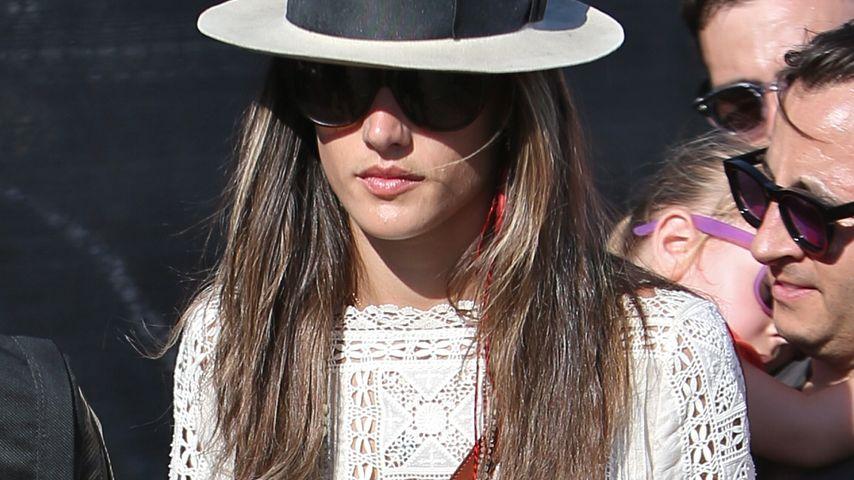Alessandra & Co.: Short-Pflicht beim Coachella?