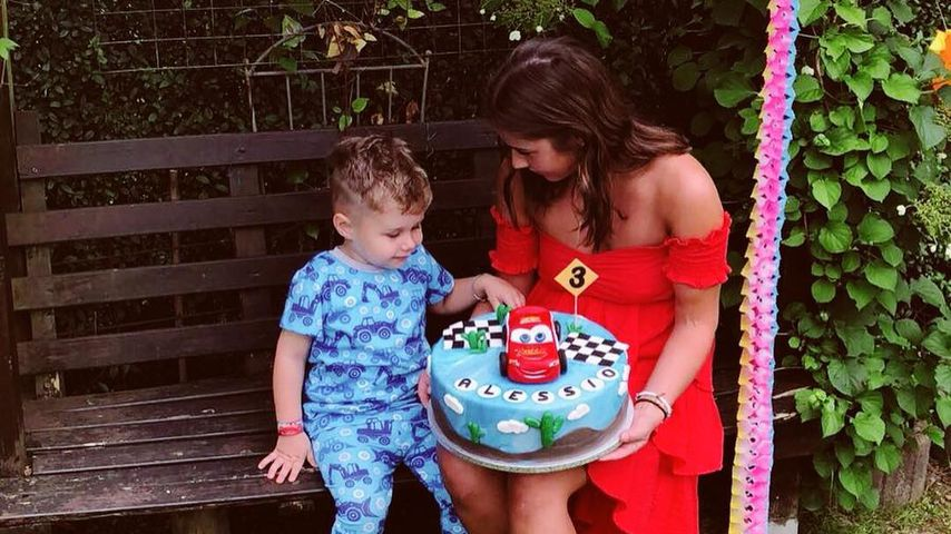 Mit Minions & XL-Torte: So süß feierte Alessio Geburtstag!