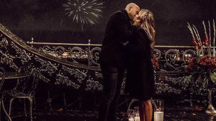 Alexander Beliaikin und Kim Gloss nach ihrer Verlobung
