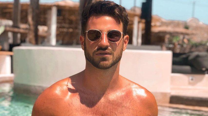Alexander Schäfer im Pool auf Kreta 2020