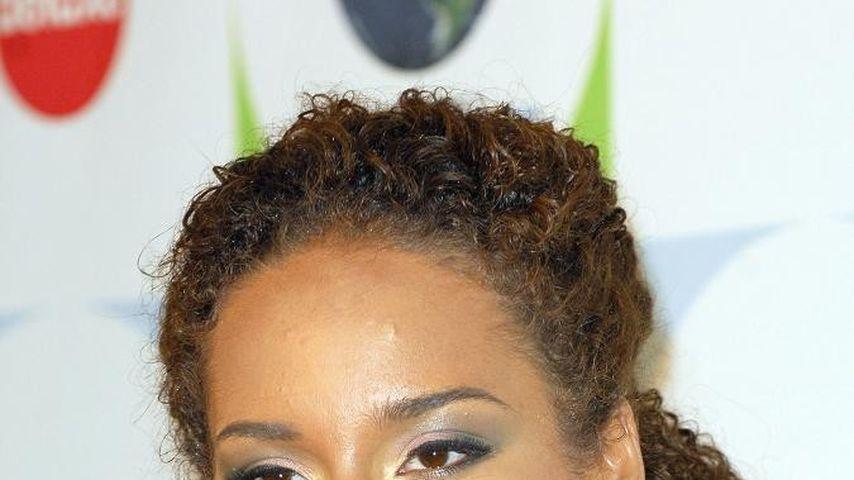 Alicia Keys verschenkt Cadillac!