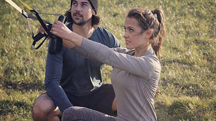 Sportliches Duo: Alisa bekommt Personal Training von Patrick