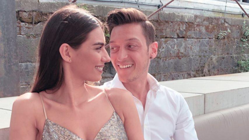 Erstes Ehe-Foto: Amine & Mesut Özil strahlen nach Hochzeit!